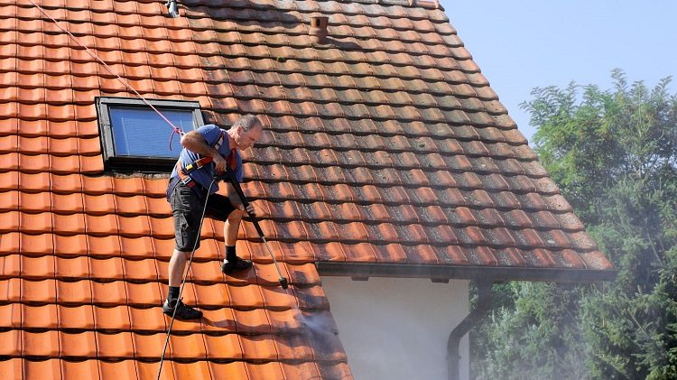 Tips of Maintaining Roof suffering with Leaks